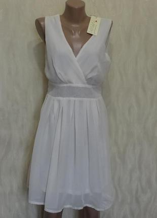 Нарядное платье молочного цвета purplish , р.10
