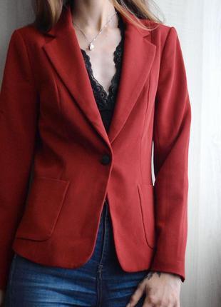 Стильный лаконичный пиджак жакет only