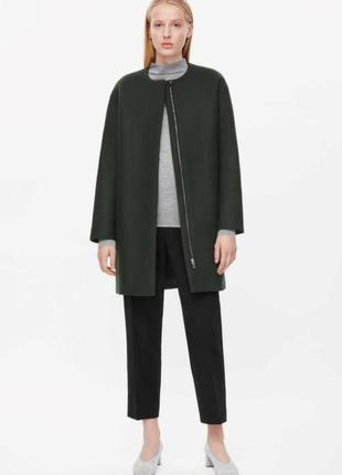 Шерстяное пальто cos изумрудного цвета