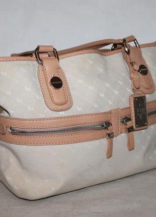 Вместительная кожаная сумка от tommy hilfiger натуральная кожа...