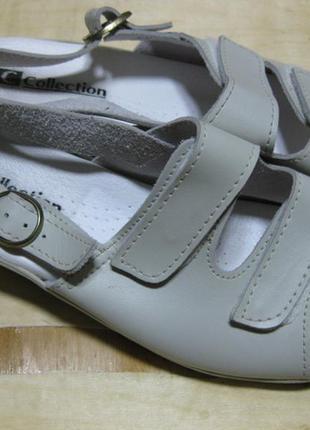 Ортопедические кожаные босоножки на танкетке 40 стелька 26см