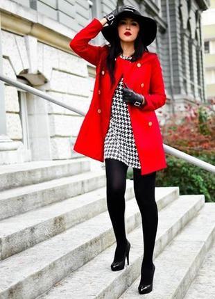 Красное шерстяное пальто mango