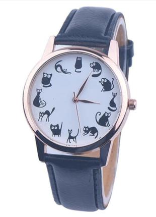 Часы кварцевые наручные с котиками и кошками черные, есть разн...