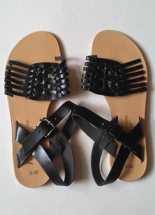 Италия. новые классные босоножки сандали на низком ходу