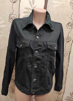 Черная джинсовая куртка, пиджак, джинсовка
