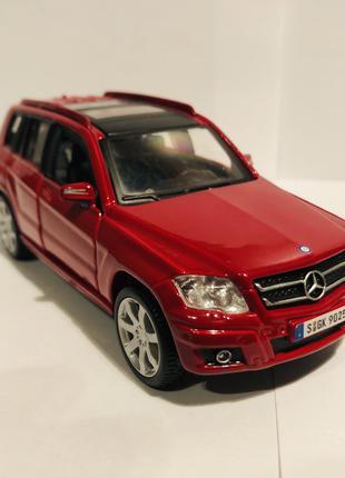 Коллекционная модель Mercedes-Benz GLK350 1:32