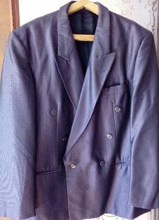 Французский новый нарядный мужской пиджак размер м