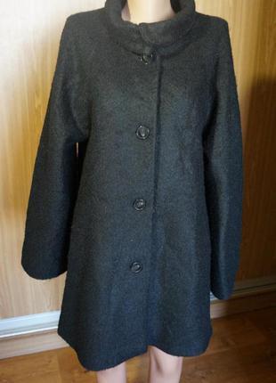 Шикарное,полушерстяное, новое пальто