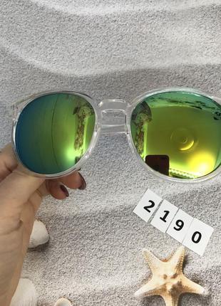 Солнцезащитные очки к. 2190
