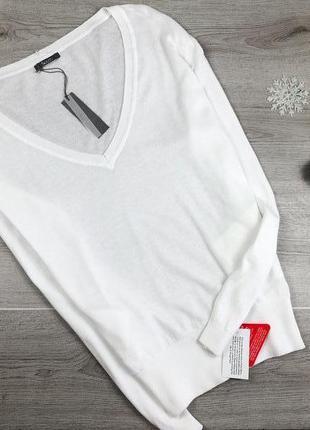 Базовой белый джемпер/кофта/лонгслив с v-образным вырезом south