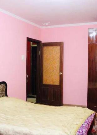 3-х комнатную квартиру на Г.Петрова/Рабина.