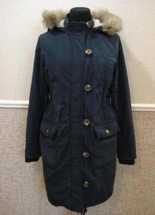 Парка удлиненная куртку с капюшоном размер 8/10.
