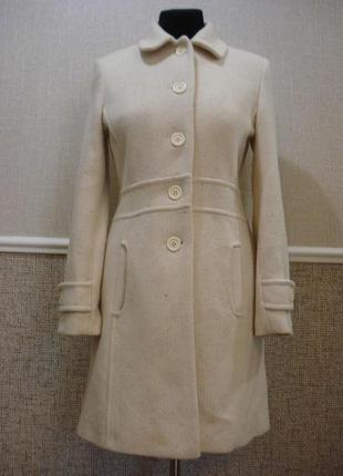 Шерстяное короткое демисезонное осеннее пальто