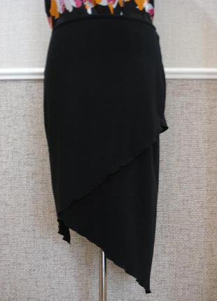 Трикотажная юбка с воланами на резинке