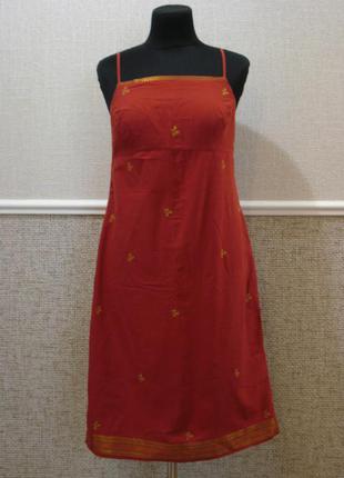 Летнее платье из хлопка с открытыми плечами