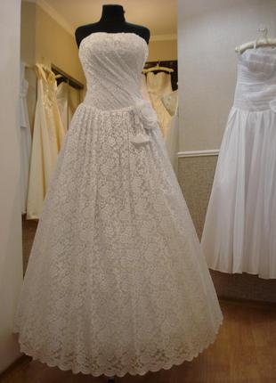 Белое свадебное кружевное платье пышное свадебное платье разм....