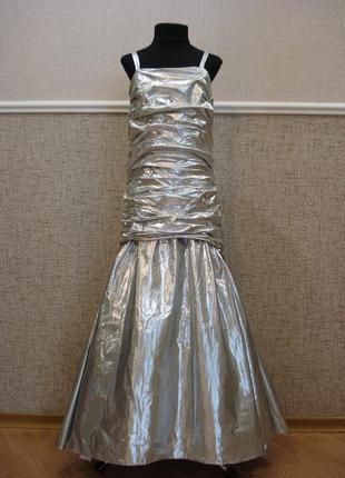 Праздничное нарядное платье для девочки
