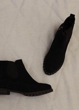Демисезонные ботильоны, ботинки, челси 40 размера на низком ходу