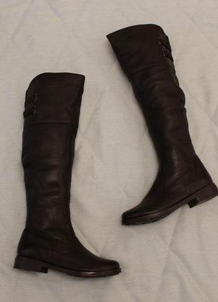 Зимние кожаные высокие сапоги, ботфорты 37 размера на низком ходу