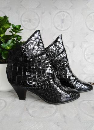 Итальянские кожаные лакированные полусапожки ботинки деми Salmaso