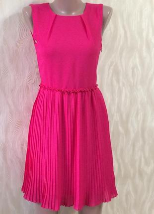 Красивое коктельное платье с юбкой плиссе индия р.8