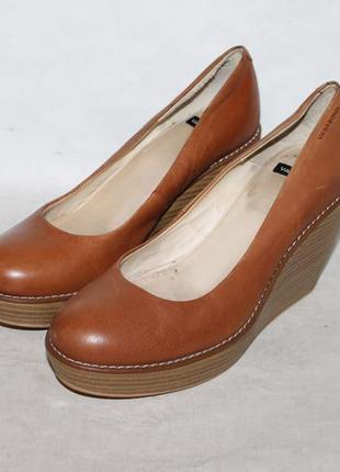 Vagabond кожаные туфли на танкетке 39 размер 100% натуральная ...