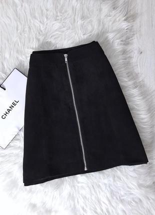 Замшевая юбка трапеция с молнией по переду от h&m