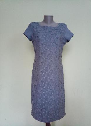 Шикарное трикотажное платье в цветы