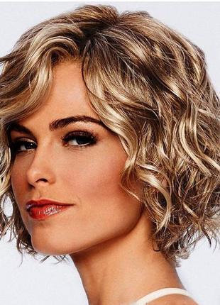 Парик блонд с мелированием с эффектом  curly hair