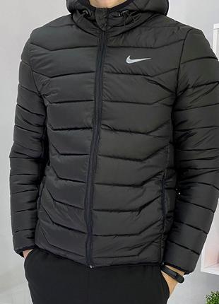 Мужская спортивная куртка короткая Наик черная