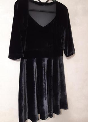 Черное велюровое, бархатное платье