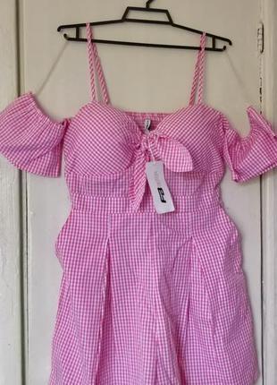 Продам новый женский летний тонкий комбинезон с шортами в клет...