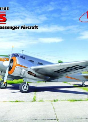 Сборная модель ICM американский пассажирский самолет C18S (482...