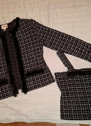 !продам женский набор  костюм ( пиджак + топ на бретельках )