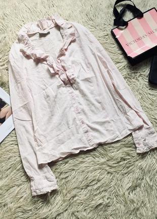 Блуза рубашка с выбитым принтом
