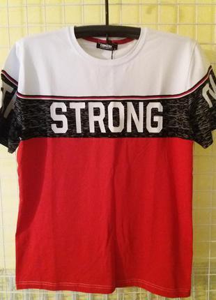 Классная мужская молодежная футболка