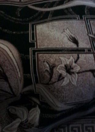 Ковер с лилиями