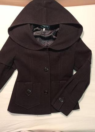 Пальто черное с капюшоном, куртка, курточка