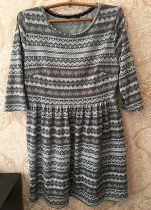 Мягенькое тёплое платье на осень/зиму идеально очень комфортно...