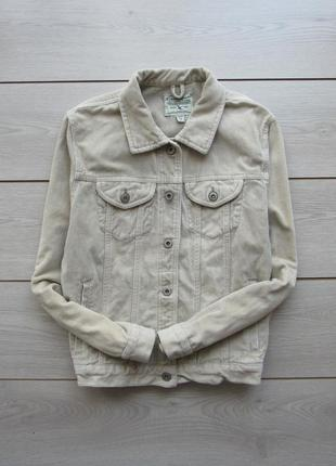 Бежевая песочная куртка вельветовая джинсовка