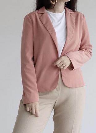 Рожевий піджак від atmoshere