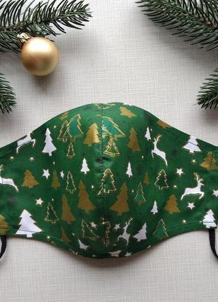 Новогодняя  зеленая маска с оленями и  елочками