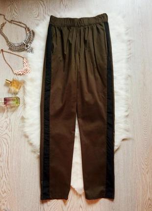 Штаны брюки джоггеры с лампасами карманами хаки полосками сбок...