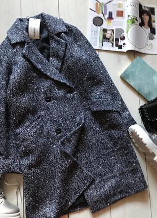 Двубортное пальто оверсайз