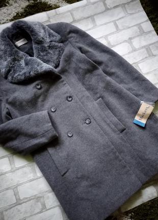 Трендовое пальто  mackays