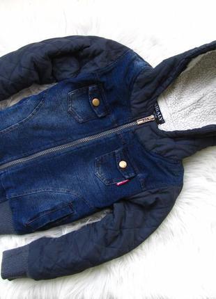 Стильная теплая джинсовая куртка  с капюшоном shialy