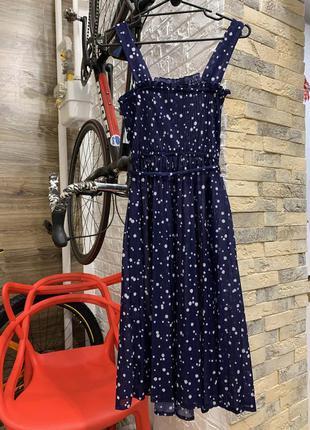 Платье  миди нежное романтичное  тёмно-синее в горох