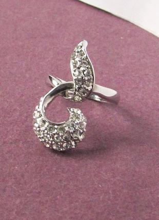 🏵️элегантное необычное ювелирное кольцо в стразах, 17 р., ново...