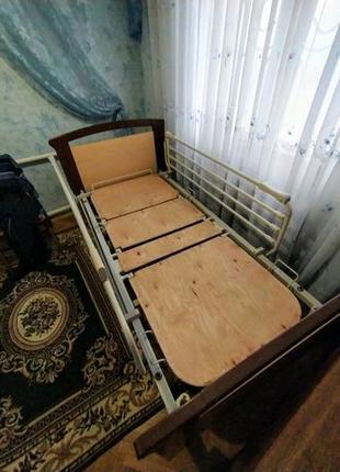 Кровать для лежачих больных (инвалидов), система противопролежнев