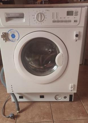 Встраиваемая стиральная машина Electrolux EWX14550W полностью ...